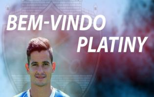 Platiny signe a Chaves