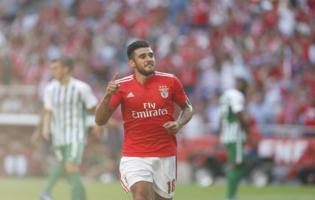 Salvio célébrant son but contre Rio Ave.